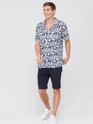 Very Man Short Sleeved Tonal Beach Print Shirt - White/Navy