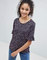 Only Jolene Print T-Shirt with Ruffle Sleeve