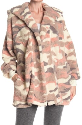 Hue Camo Plush Fleece Hooded Lounge Cardigan