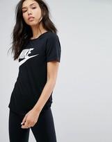 Nike Logo T-Shirt In Black