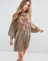 Glamorous Smock Dress With Blouson Sleeves And Embroidery