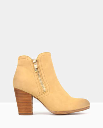 betts Ace Ankle Boots
