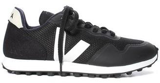 Veja SDU RT Vegan Sneaker Black