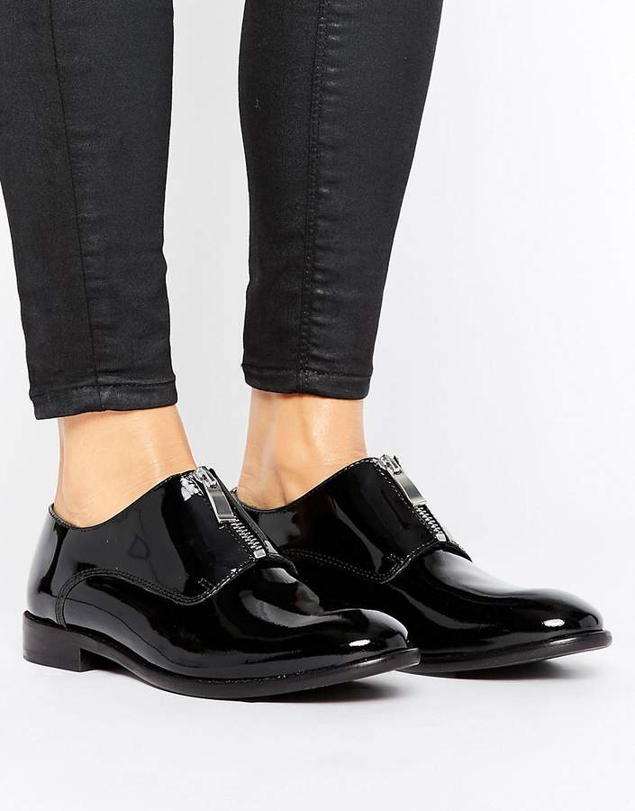 H By Hudson Leather Flat Shoes