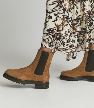 Reiss Thea - Suede Chelsea Boots in Caramel