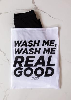 Lorna Jane Wash Me Real Good Wash Bag