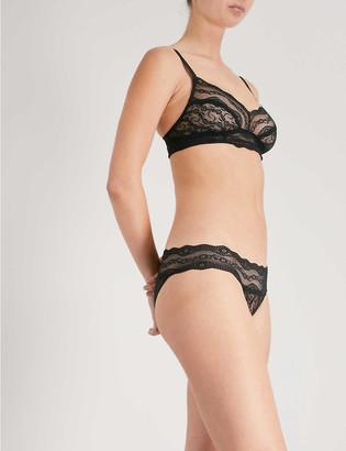 B.Tempt'd Undisclosed lace bikini briefs