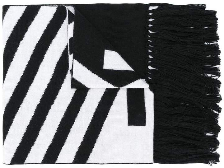 McQ fear nothing scarf