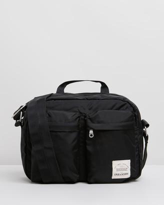 Lyle & Scott Nylon Camera Bag