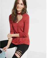 Express cut-out trapeze choker long sleeve tee