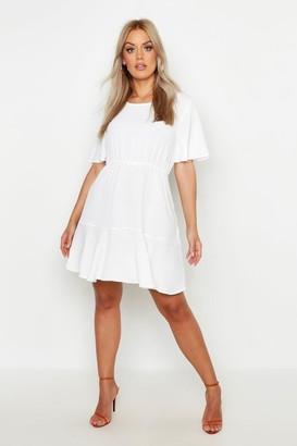 boohoo Plus Tiered Crepe Smock Dress