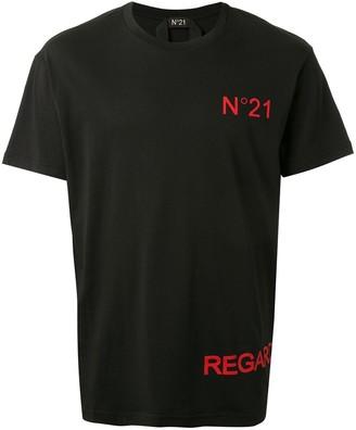 No.21 logo-print T-shirt