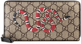 Gucci Snake print GG Supreme zip around wallet - men - Leather/Canvas - One Size