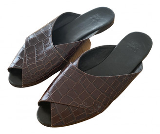 Trademark Brown Leather Sandals