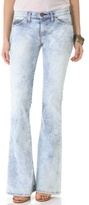 Current/Elliott The Low Bell Jeans