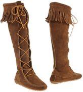 Minnetonka Boots - Item 11040399