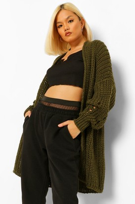 boohoo Petite Heavy Weight Chunky Knit Cardigan