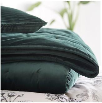 Karen Millen Velvet Quilted Throw - Emerald