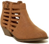 Mia Cathie Slotted Bootie (Little Kid & Big Kid)