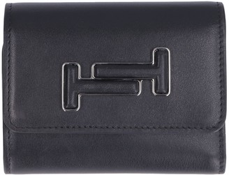 Tod's Tods Leather Small Flap-over Wallet