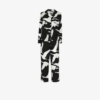 Desmond & Dempsey Leda swan print pyjamas