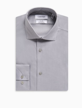 Calvin Klein Slim Fit Herringbone Spread Collar Performance Non-Iron Dress Shirt
