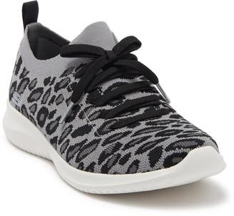 Skechers Ultra Flex Safari Tour Sneaker