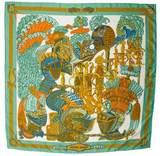 Hermes Armets en Panache Scarf