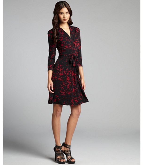 Max & Cleo merlot and black printed jersey knit tie belted 'Emma' dress