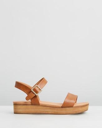 Spurr Cynthia Comfort Flatform Sandals