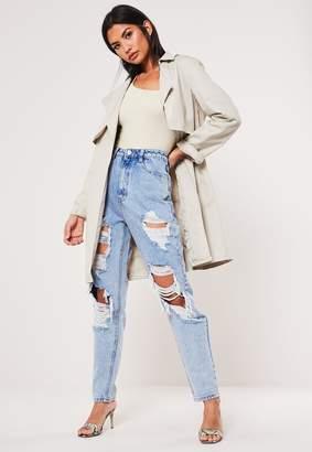 Missguided Blue Highwaisted Vintage Distressed Jeans