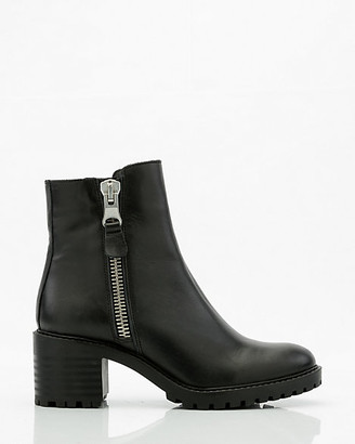 Le Château Leather Ankle Boot