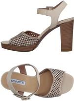 Donna Più Sandals - Item 11331631
