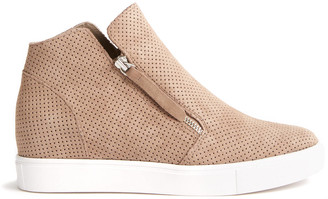 Steve Madden Taupe Suede Caliber Sneaker Taupe 9.5
