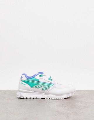 Hi-Tec BW 146 runner sneakers in white evergreen