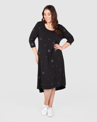 Love Your Wardrobe Self-Spot Knit Swing Dress