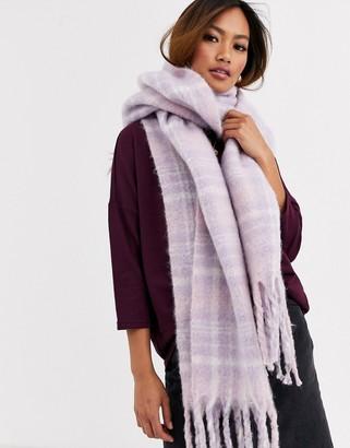 Asos Design DESIGN fluffy check scarf in lilac-Purple