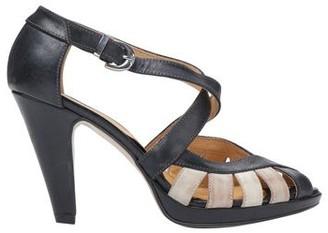Thomas Laboratories REED Sandals