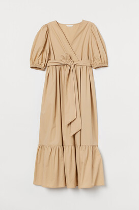 H&M MAMA Puff-sleeved dress