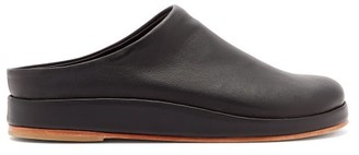 LAUREN MANOOGIAN Contour Backless Leather Flats - Womens - Black