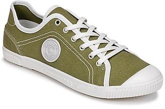 Pataugas BAHER-T-KAKI women's Shoes (Trainers) in Kaki
