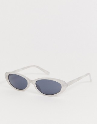 Jeepers Peepers round retro sunglasses in white