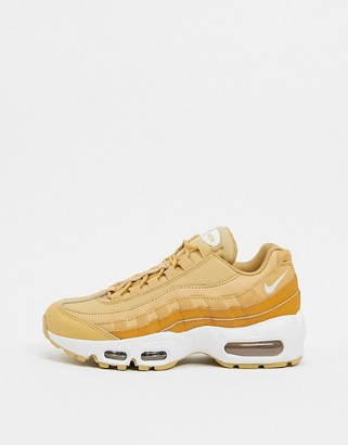 Nike 95 trainers in beige