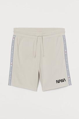 H&M Sweatshorts with Side Stripes