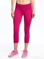 Old Navy Go-Dry Mid-Rise Compression Crops for Women