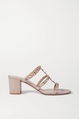 Valentino Garavani Rockstud 60 Leather Mules - Neutral