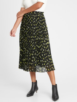 Banana Republic Petite Pleated Midi Skirt