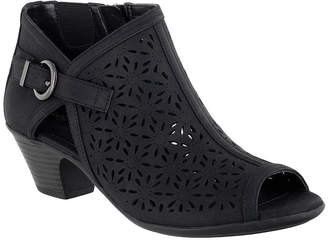 Easy Street Shoes Womens Dakota Heeled Sandals