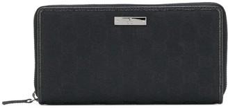 Gucci Logo Plaque Zip Wallet