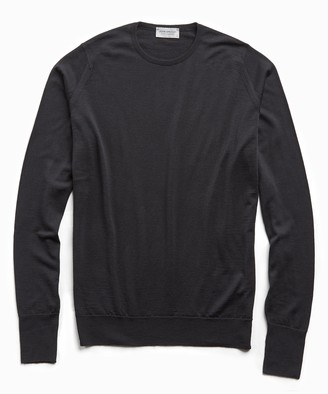 John Smedley Sweaters Easy Fit Crewneck Merino Sweater in Black